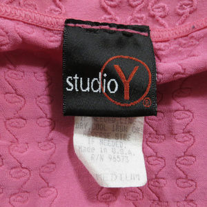 Studio Y Tops - Studio Y top Medium sleeveless textured tank cami